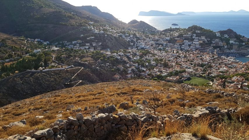 mountain running Hydra